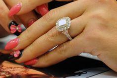 Jwowws Beautiful Ring