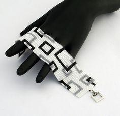 Carré au point Bracelet en perles carrés vide par NeatBeading