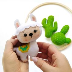 Working on llama baby mobile 😋 Felt Toys, Nursery Decor, Hello Kitty, Projects To Try, Arts And Crafts, Baby Shower, Stitch, Sewing, Create