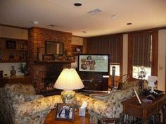 family room-Steel Magnolias house