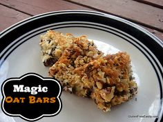 No need for graham crackers in these Magic Oat Bars from Gluten Free Easily #glutenfree