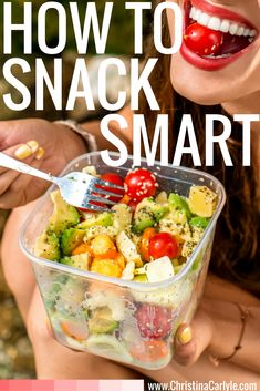 Discover How to Snack Smart so you can lose weight and avoid cravings from former fat girl turned nutritionist and trainer Christina Carlyle. Healthy Juice Recipes, Healthy Diet Plans, Healthy Foods To Eat, Healthy Snacks, Healthy Eating, Ww Recipes, Eating Plans, Eating Habits, The Best