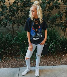 ((FC:Jordyn Jones)) Hiya, I'm Casey, I'm 20 and single. I work as a model, and a dance teacher. Dance is my life, I have been dancing since I was three. I'm a Cali Girl, but I have a soft side for NYC. Come say Hi