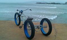 Fat tire tricycle beach cruiser