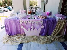 www.rodon.site ..... candy bar βάπτισης Candy, Bar, Table Decorations, Home Decor, Decoration Home, Room Decor, Sweets, Home Interior Design, Candy Bars