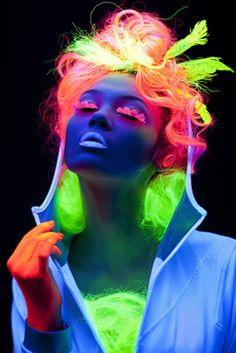 makeup neon glow in the dark - makeup neon _ makeup neon sign _ makeup neon party _ makeup neon glow in the dark _ makeup neon halloween _ makeup neon green _ makeup neon pink _ makeup neon verde Neon Colors, Rainbow Colors, Neon Rainbow, Rainbow Hair, True Colors, Tinta Neon, Color Splash, Color Pop, Kunst Party