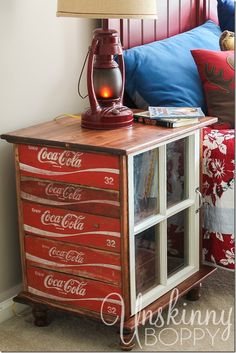 DIY night stands made from old Coca Cola crates. I can find these Coke crates all over the place. Vintage Coca Cola, Furniture Projects, Furniture Makeover, Diy Furniture, Furniture Plans, Diy Projects, Furniture Design, Repurposed Furniture, Painted Furniture