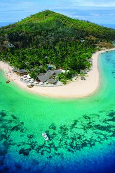 Castaway Island - Fiji - is an island country in Melanesia in the South Pacific Ocean