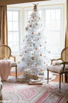 Complementing Your French Style With a White Christmas Tree Complementing Your F. Complementing Your French Style With a White Christmas Tree Complementing Your French Style With a White Christmas Tree Decorations, Flocked Christmas Trees, Outdoor Christmas, Xmas Tree, Christmas Home, Holiday Decor, Christmas Mantles, Silver Christmas, Christmas Villages