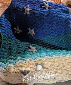 Crochet Quilt, Hand Crochet, Crochet Baby, Crochet Turtle Pattern Free, Crochet Patterns, Warm Blankets, Knitted Blankets, Turtle Crafts, Baby Sea Turtles