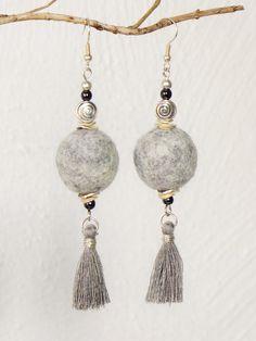 Textile Jewelry, Beaded Jewelry, Wire Crochet, Pearl Earrings, Drop Earrings, Woven Bracelets, Felt Ball, Felt Ornaments, Keychains