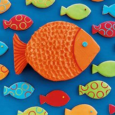Make a splash with this bright orange fish cake. The secret to that cool scaly look? All you need is a spoon.