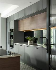 Modern Kitchen Interiors, Luxury Kitchen Design, Kitchen Room Design, Modern Kitchen Cabinets, Kitchen Cabinet Design, Interior Design Kitchen, Kitchen Ideas, Contemporary Kitchens, Kitchen Units Designs