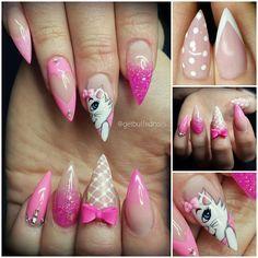 Instagram media by getbuffednails - Marie #aristocats #disneynails #disney #getbuffednails #handpainted #longnails #pointynails #nailprodigy #nailartdesigns #notd #instanails #ignails #nailart #Swarovski #bling #melbournenailart #nailtech #handmade #bows #pinknerds #glitter from @glitter_heaven_australia #gelpolish from @gellyfitaustralia