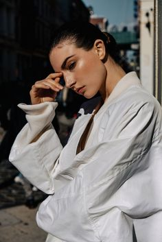 Photography: Paul McLean Styled by: Anna Katsanis Hair: Sami Knight Makeup: Silver Bramham Model: Jacquelyn Jablonski