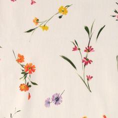 Halvpanama hvit med små blomster Panama, Cute Pattern, Small Flowers, Flower Designs, Sewing, Fabric, Plants, Diy, Patterns