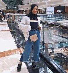 New Ideas Style Hijab Casual Pants - hijab outfit Hijab Casual, Ootd Hijab, Hijab Chic, Casual Pants, Casual Outfits, Modern Hijab Fashion, Street Hijab Fashion, Hijab Fashion Inspiration, Muslim Fashion