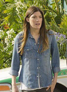 Debra's chambray shirt on Dexter.  Outfit Details: http://wornontv.net/17501/ #Dexter