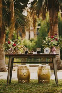 Gold, blush, and red retro-inspired wedding table decor   Image by Hom Photography