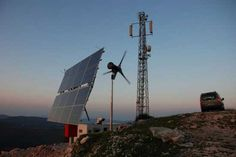 Avea, a Turkish MNO (Mobile Network Operator) deployed a solar- and wind-powered base station. ©2010 AVEA