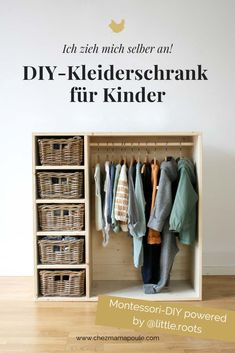 Make your own wardrobe according to Montessori: A children's furniture that is also a bookcase AND a wardrobe. And presented everything at child height. For a Montessori children's room for toddlers (from approx. 2 years) it Yourself Cheap Furniture, Kids Furniture, Bedroom Furniture, Antique Furniture, Furniture Online, Rustic Furniture, Outdoor Furniture, Furniture Cleaning, Furniture Companies