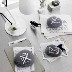 truebluemeandyou: DIY Stone Pictograms for the Office from wohnidee. These are made using stones/pebbles and a paint pen. (via truebluemeandyou) Pebble Painting, Pebble Art, Stone Painting, Stone Crafts, Rock Crafts, Diy Crafts, Paper Crafts, Rock And Pebbles, Ideas Geniales