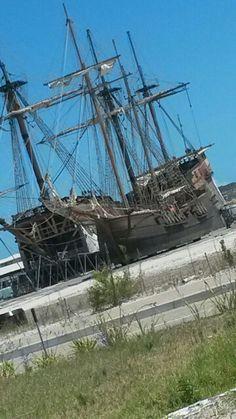 black sails Black Sails, Sailing Ships, Boat, Black Candles, Dinghy, Boats, Sailboat, Tall Ships, Ship