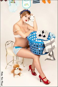 Enceinte et Pin up ! via @no way-Amélie Massias (Le Baby Blog de Doctissimo)