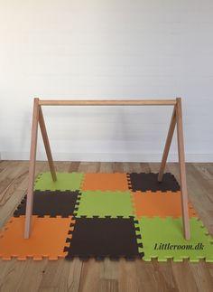 Det mest enkle og stilrene aktivitetsstativ på markedet. Littleroom.dk