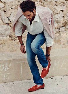 Men's fashion# mens tyle# mens wear# vintage denim# washed red blazer# white shirt# casual shirt# stone wash denim# red loafers# rolled up sleeves# summer day# Mens Fashion Blog, Fashion Moda, Look Fashion, Fashion Menswear, Fashion Ideas, Sharp Dressed Man, Well Dressed Men, Stylish Men, Men Casual