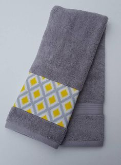 Grey And Yellow Towels, Bathroom Towel Decor, Bathroom Towel Set, Custom  Towels, Gray And Yellow Decor, Housewarming Gift, Bathroom Decor
