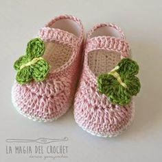 La Magia del Crochet: ZAPATITOS PARA BEBÉ DE 6 A 9 MESES Tutorial & Video ༺✿ƬⱤღ  https://www.pinterest.com/teretegui/✿༻