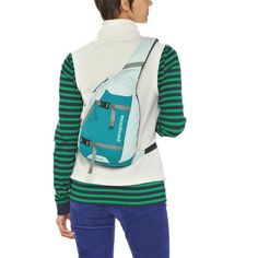 Equal parts courier bag, backpack and carry-all, the Patagonia Atom Sling bag's teardrop shape makes it simple to access your things when you're on the go. Patagonia Backpack, Shoulder Backpack, Backpack Purse, Sling Backpack, Sling Bags, Single Strap Backpack, Mens Bracelet Fashion, Tactical Sling, Fashion Handbags