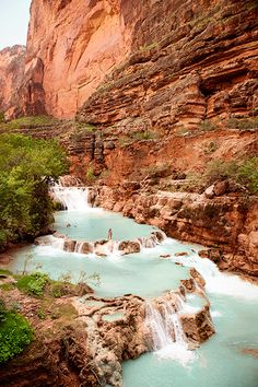 Havasu Creek, located in the Grand Canyon, Arizona, leads to this view of Beaver Falls. It is within Havasupai tribal lands. Vacation Places, Dream Vacations, Vacation Spots, Vacation Wear, Romantic Vacations, Romantic Travel, Beautiful Places To Travel, Cool Places To Visit, Amazing Places On Earth