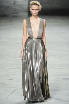 Haider Ackermann. Paris Fashion Week,  primavera verano 2012.