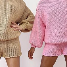 Stolen Inspiration: Fashion, Beauty and Lifestyle from New Zealand – Secondhand fashion Pink Fashion, Womens Fashion, Fashion Trends, Fashion Details, Fashion Beauty, Fashion Outfits, Easy Style, Womens Workout Outfits, Fitness Outfits