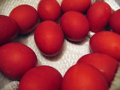 """How to naturally dye eggs a crismson red! Red Eggs for Greek Easter. Dry """"paper skins"""" from yellow onions. (from about yellow onions) 5 cups water 2 TB white vinegar."""
