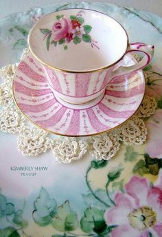 Such a pretty tea cup