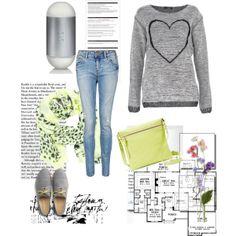 Dale un toque neón a tu look y luce lo más chic del estilo! 1.- Perfume 212- Carolina Herrera http://fashion.linio.com.mx/a/212