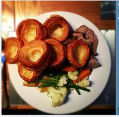 Roast lamb, Yorkshire puddings (!!!) roast potatoes, roast parsnips & veg with home-made redcurrant jelly & mint sauce. Yum!