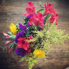 My flowers still look great thanks @jo_jo2789