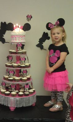 Cup Cake stand made by Robert Salzaar for Ave' Grace Minnie Mouse Birthday  Party