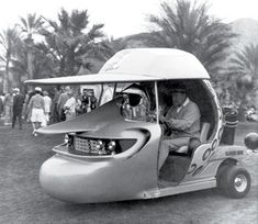 Bob Hope in his custom golf cart, Funny! Funny Golf Pictures, Old Photos, Vintage Photos, Hot Rods, Golf Slice, Custom Golf Carts, Bob Hope, Vintage Golf, Thanks For The Memories