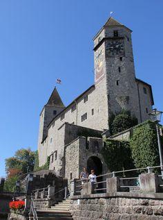 Rapperswil castle Time Travel, Places To Travel, Travel Destinations, Berne, Travel Channel, Medieval Castle, Grand Tour, Travel Memories, Historical Sites