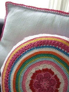 crochet pillows and simple pillow trim