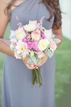 pastel spring bridesmaids bouquet.