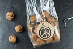Comfy Belly: Peace Truffles - Gluten free, refined sugar free