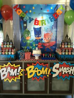 festa a tema PJ Masks_buffet Superhero Birthday Party, 4th Birthday Parties, Third Birthday, Boy Birthday, Birthday Ideas, Decoracion Pj Mask, Pj Max, Pjmask Party, Party Ideas