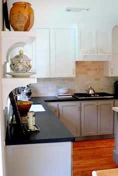 base cabinets are Benjamin Moore's HC-105 Rockport Grey.