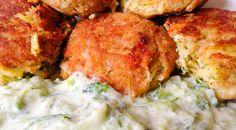 Brokkoli fasírt zabpehellyel tzatziki ágyon Tzatziki, Mashed Potatoes, Cauliflower, Vegetarian, Vegan, Chicken, Vegetables, Ethnic Recipes, Food